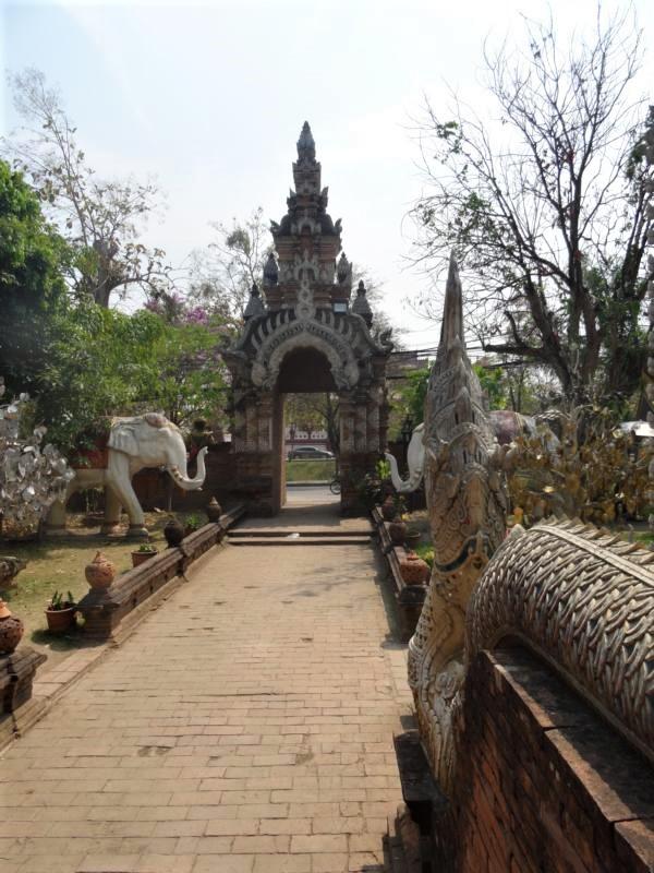 K800_Wat Lok Moli (5)