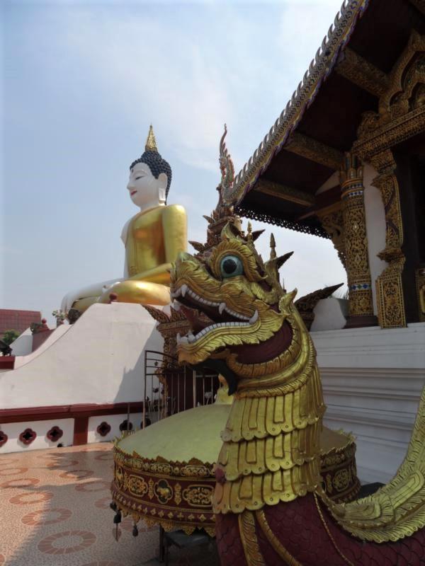 K800_Wat Rajamontean (2)
