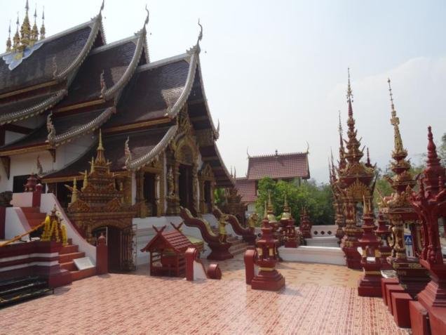 K800_Wat Rajamontean (5)