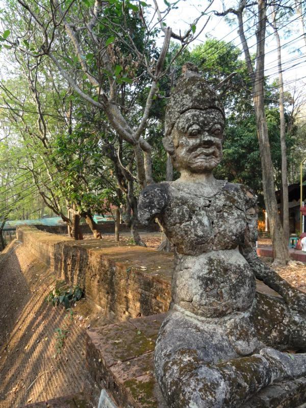 K800_Wat Umong (7)