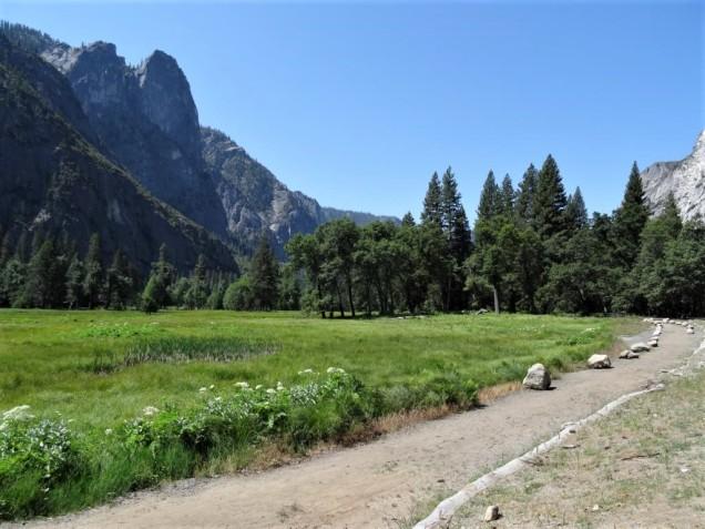 K1024_Yosemite Village