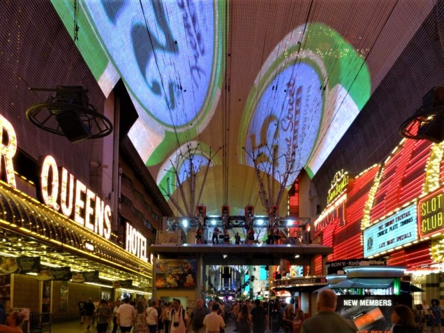K1024_Fremont Street Experience