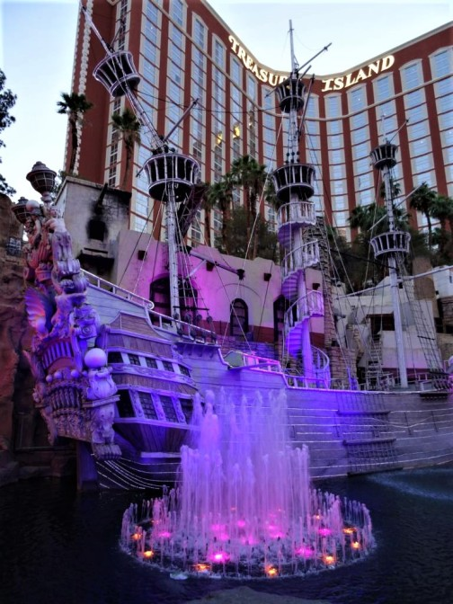 K1024_Treasure Island Hotel
